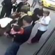 Istanbul, autista devia bus e accompagna donna a partorire 3