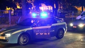 Ostia (Roma): anziano non si ferma a posto di blocco, polizia spara