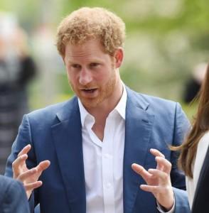 """Principe Harry e Meghan Markle, lui ufficializza e accusa i media: """"Razzismo contro di lei"""""""