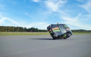 Guarda la versione ingrandita di YOUTUBE Su due ruote a 186 km/h: il nuovo record del mondo