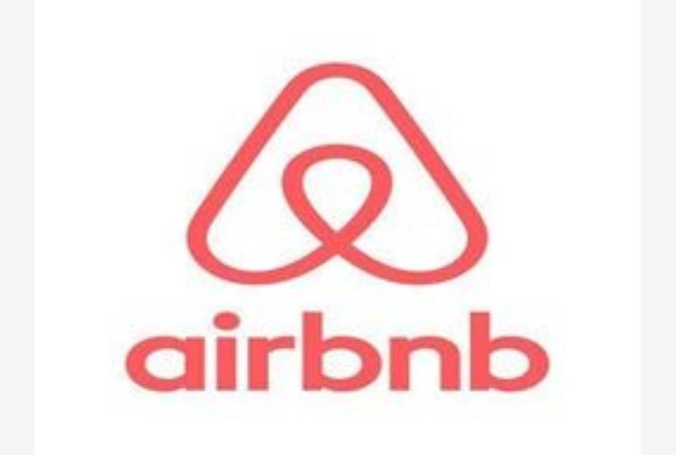 Airbnb con Trips offre anche esperienze, voli, servizi...