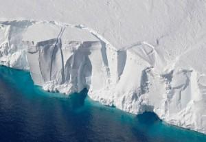 Antartide sta sparendo: ghiaccio si scioglie per riscaldamento globale
