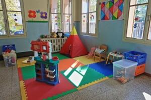 Maestra di scuola materna sospesa dopo le segnalazioni dei genitori