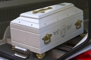 Mistero al cimitero di Pianiga: sparita la bara di un bimbo di un anno