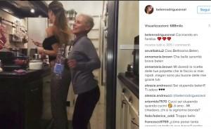 Belen Rodriguez cucina pasta al sugo e balla con l'amica Patrizia VIDEO