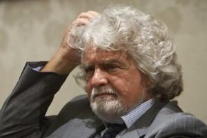 """Beppe Grillo: """"Complotto M5S su web? Lotti e Pd ridicoli"""""""