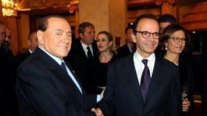 "Berlusconi scarica Parisi: ""Scontro con Salvini se lui leader"""