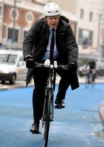 Johnson in bicicletta