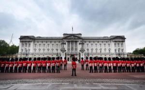 Con i soldi della Nuvola di Fuksas rifanno nuovo Buckingham Palace