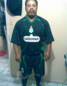 Guarda la versione ingrandita di Messico: arbitro lo espelle, calciatore lo uccide con una testata FOTO