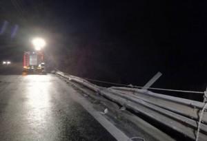 Arezzo: Florian Popovici morto, caduto col tir in un viadotto