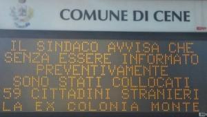 """Cene (Bergamo), sindaco su cartelloni: """"Arrivano profughi a mia insaputa"""""""