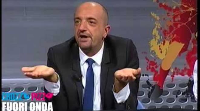 Corrado Fumagalli condannato a 2 anni: il presentatore tv nei guai