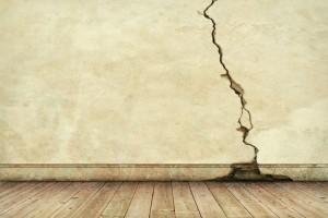 Terremoto: una crepa sul muro, che fare? Esperti rispondono
