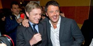 Referendum, Cuperlo passa al sì, accordo per cambiare la legge elettorale Italicum- Nella foto: Gianni Cuperlo in un raro sorriso con Matteo Renzi che lo strizza