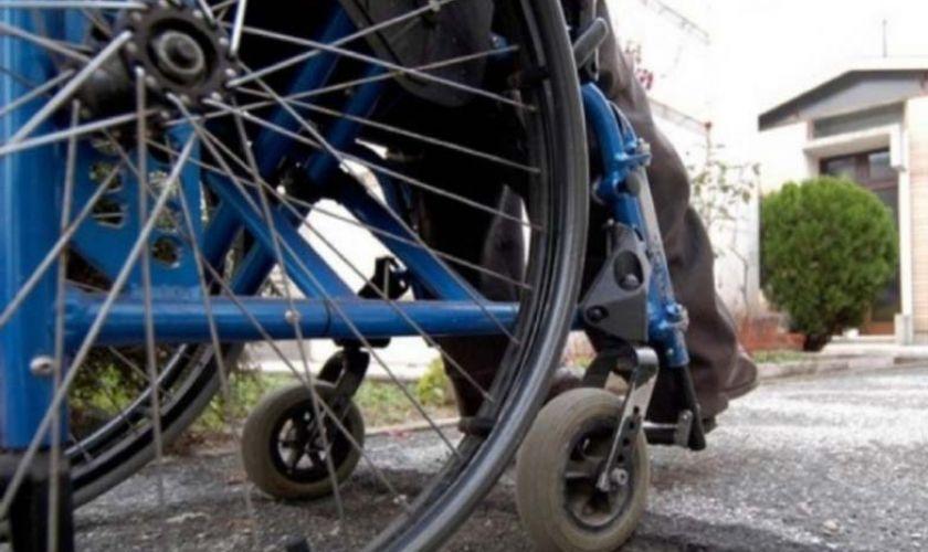 Pavia. Uccide il figlio disabile e si suicida 0