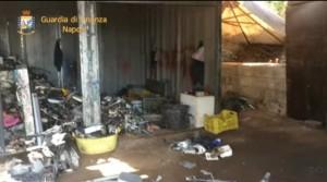 Guarda la versione ingrandita di YOUTUBE Discarica abusiva nel parco nazionale del Vesuvio: una denuncia