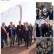 """Matteo Renzi, gaffe sulla sua pagina Facebook: """"Tutto tranne il disabile"""" FOTO"""