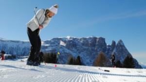 Manovra: dal golf allo sci, saltano 28 articoli e commi