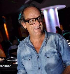 Massimo Armani è morto, famoso Dj aveva 54 anni