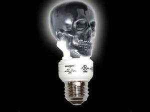 Guarda la versione ingrandita di Elezioni, teorie del complotto pro Donald Trump: lampadine per controllo mentale, falsi messicani...