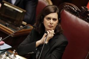 Laura Boldrini in ritardo alla Festa delle Forze armate: e in 250 se ne vanno