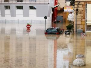 Guarda la versione ingrandita di YOUTUBE Maltempo Sicilia, fiume d'acqua a Licata FOTO E VIDEO