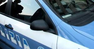 Lite in strada con la fidanzata: polizia lo arresta. Aveva obbligo di firma