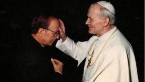Luis Garza, ex vicario di Padre Maciel, accusato di molestie