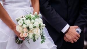 Matrimoni sorpresa: primo aumento da 7 anni. Durano 17 anni