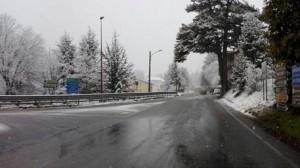 Meteo, neve e freddo in arrivo: primi fiocchi sulle Dolomiti