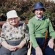 Jessie e Ray, 70 anni insieme, li dividono: la reunion è commovente04