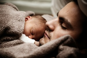 """Tito Boeri: """"Congedo paternità 15 giorni obbligatorio. Multe a chi non lo fa"""""""