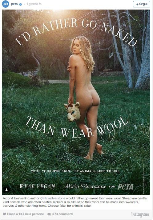 """Alicia Silverstone, lato B in vista per la Peta: """"Meglio nuda che indossare la lana"""" FOTO2"""
