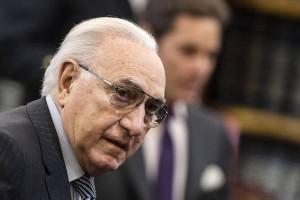 """Pippo Baudo: """"Cosa voterò al referendum? Non posso dirlo, lo vieta il contratto Rai"""""""