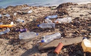 Buste di plastica a pagamento: così anche gli inglesi inquinano di meno