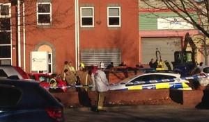 Hull, uomo armato di ascia in strada ucciso dalla polizia