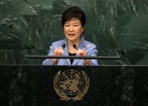 Viagra nell'ufficio del presidente, scandalo in Corea del Sud. Serviva a...