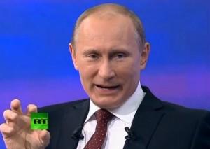Russia Today (Putin) inventa gli anti-Renzi e vota No. M5S fa sponda