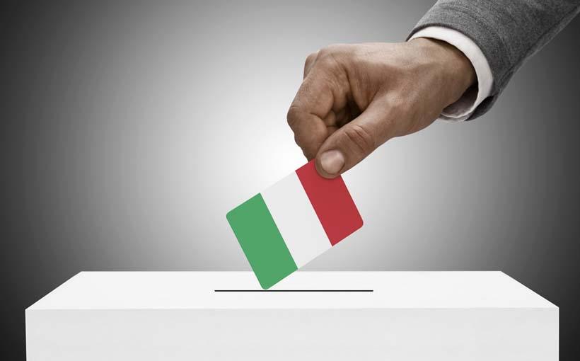Referendum, i sondaggi spaventano Renzi:
