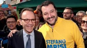 Guarda la versione ingrandita di Berlusconi scarica anche Parisi: