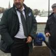 Matteo Salvini srotola striscione per il No a Mosca e rischia arresto04