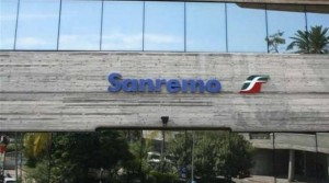 """Sanremo, picchia autista di bus: """"Per colpa tua faccio tardi a lavoro"""""""