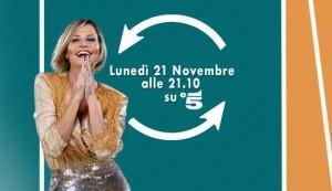 """Simona Ventura senza freni a Selfie: """"Ma chi c... ti sei sposata!"""""""