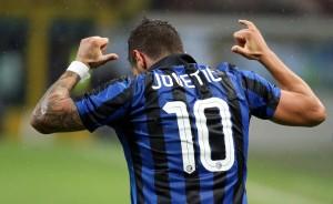 Guarda la versione ingrandita di Calciomercato Milan: Montella chiama Jovetic, si può fare già a gennaio ANSA / MATTEO BAZZI