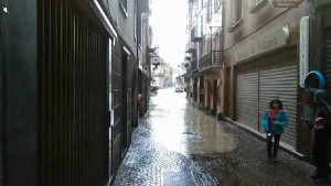 Tanaro esonda, acqua invade centro di Garessio VIDEO