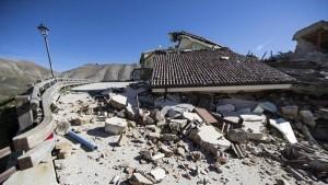 Terremoto, sciame sismico di 1100 scosse che hanno deformato il suolo