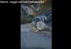 YOUTUBE Terremoto, devastazione tra Visso e Preci: il video fa discutere