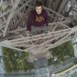 Scala Torre Eiffel a mani nude3