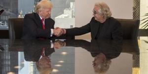 Guarda la versione ingrandita di Donald Trump, Flavio Briatore esulta: